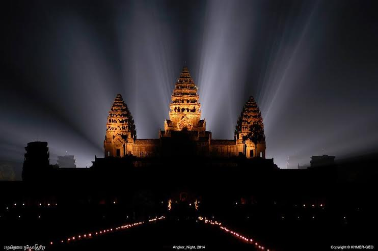 Angkor Wat at Night time